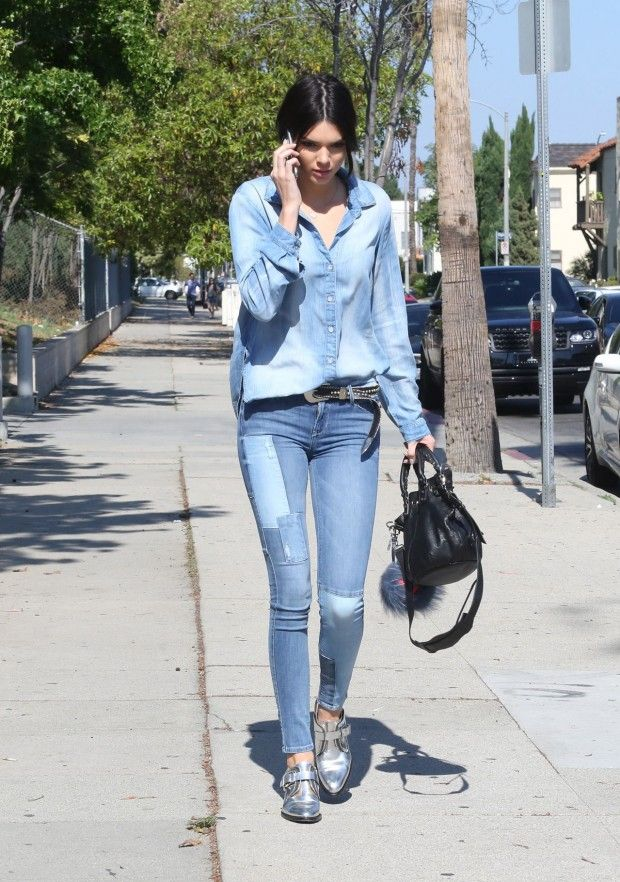 Kendall Jenner look total jeans
