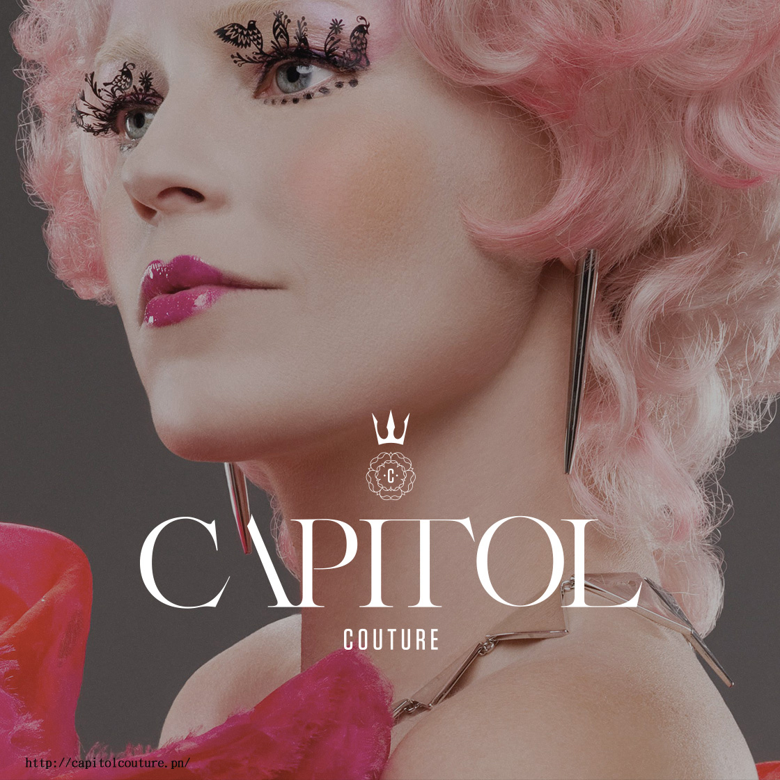 Paperself cilios de papel no filme Capitol Couture