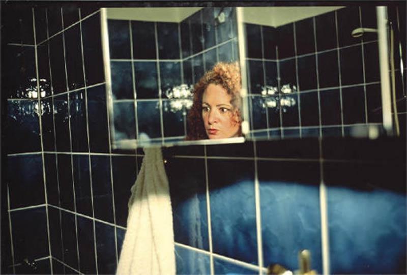 nan-goldin-berlin-mirror