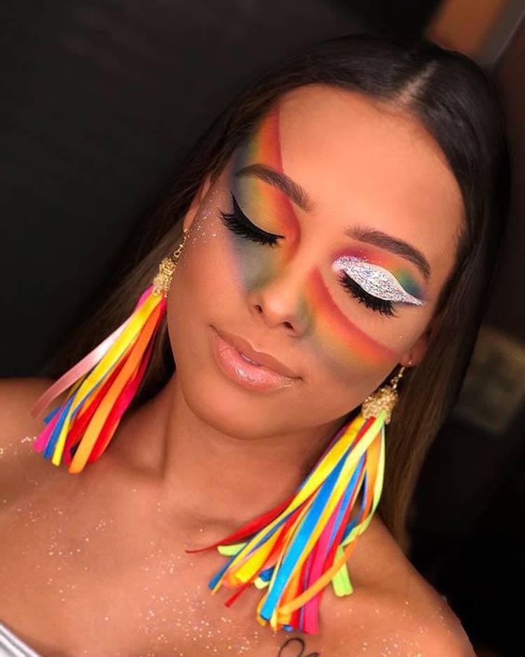 maquiagem-carnaval-colorida-arco-iris