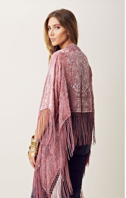 looks com quimono de veludo rosa