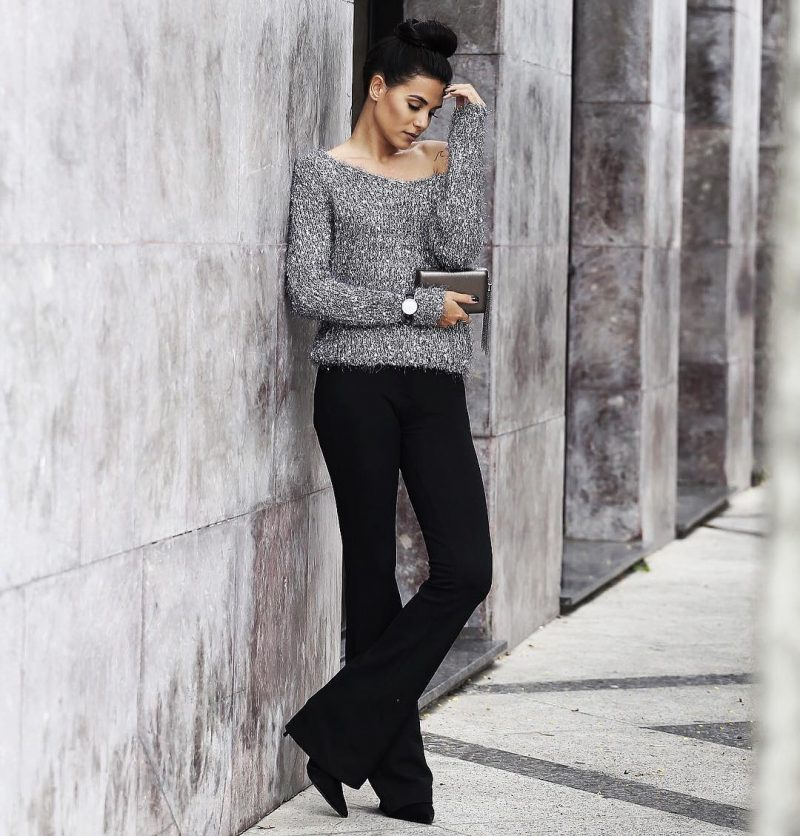 calça preta e blusa metalizada