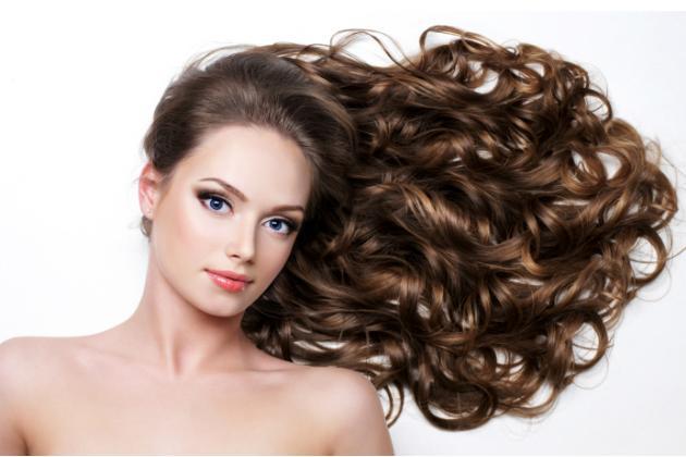 Como-cuidar-dos-cabelos-cacheados-1