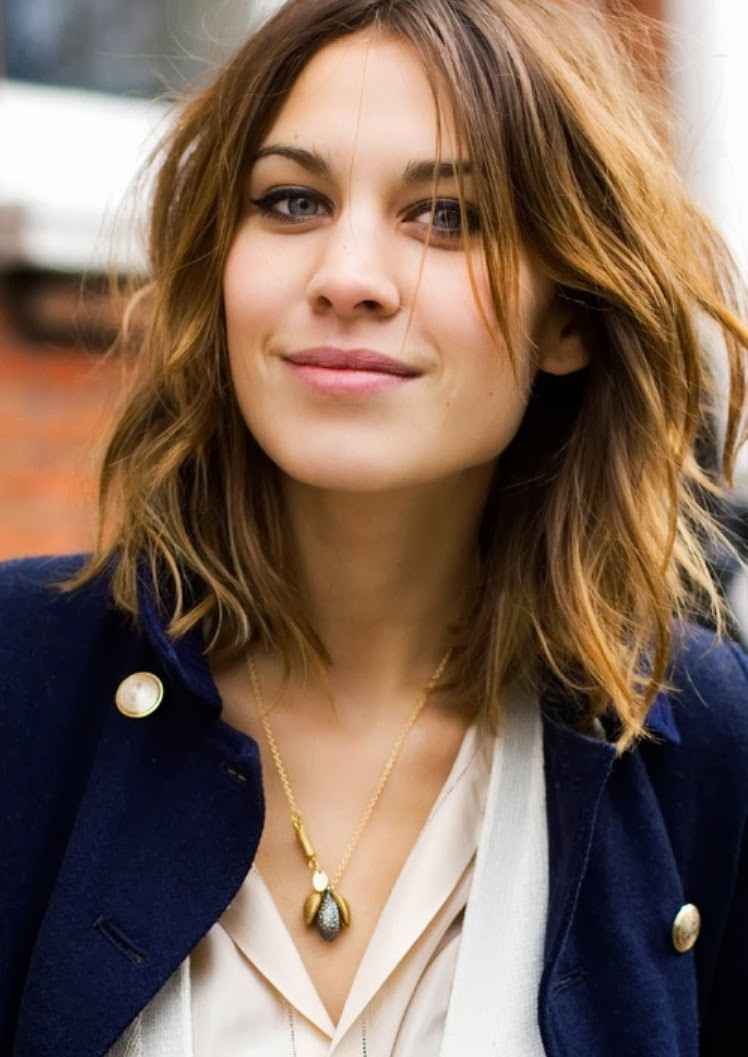alexa-chung-long-bob-we fashion trends