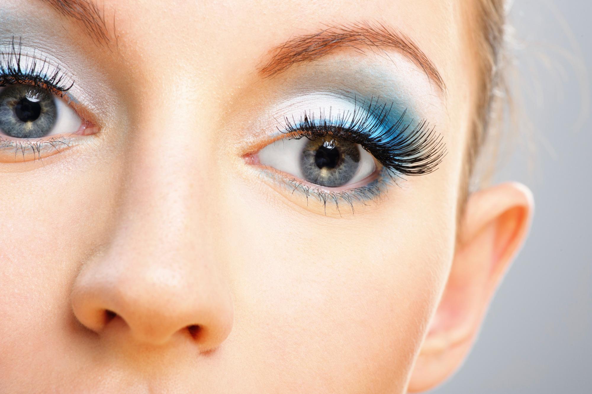 truques-de-maquiagem-para-os-olhos-we-fashion-trends