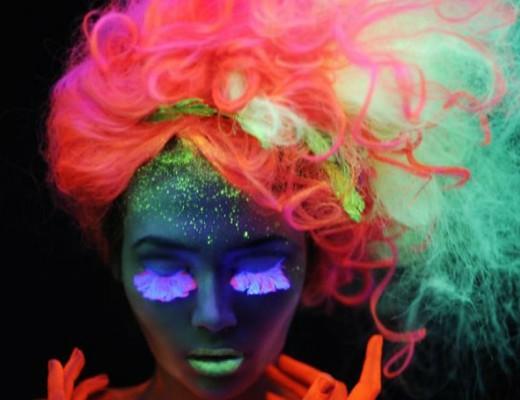 coloração para cabelos coloridos que brilham no escuro