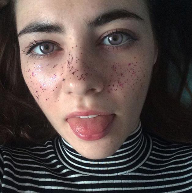 Rainbow-Freckles13 sardas coloridas