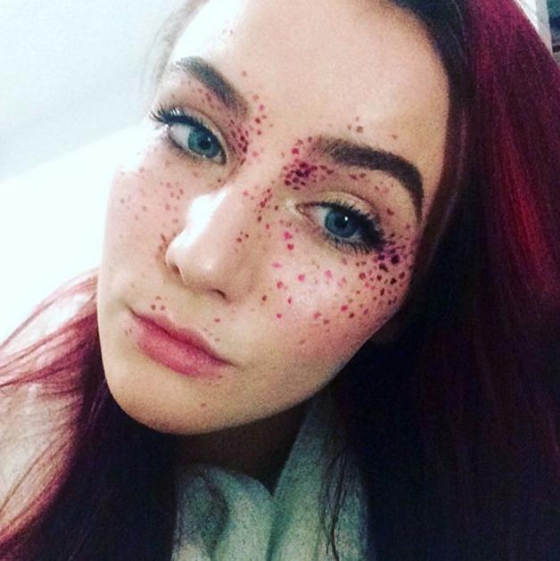 Rainbow-Freckles9 sardas coloridas