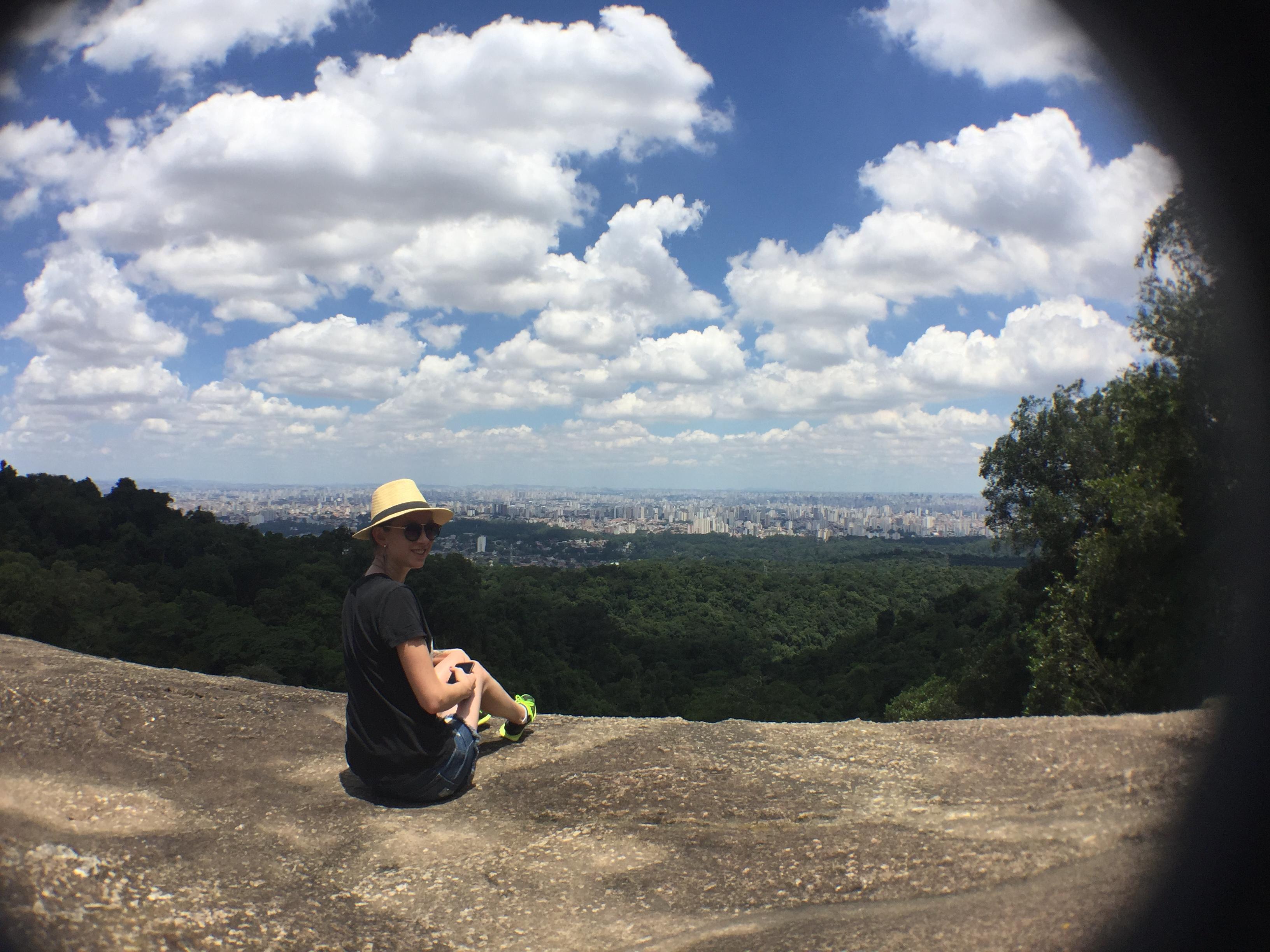 Vista da trilha da pedra grande na cantareira