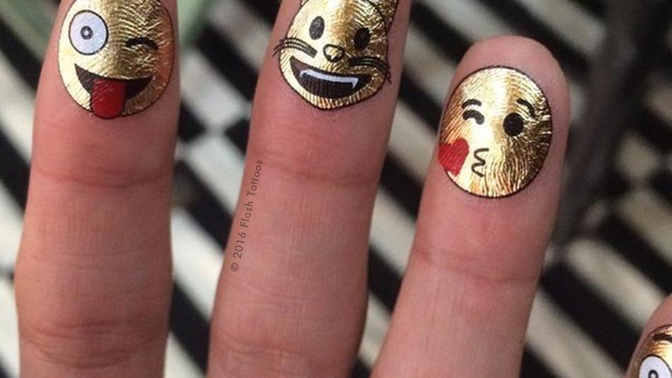 flash tatto de emoji