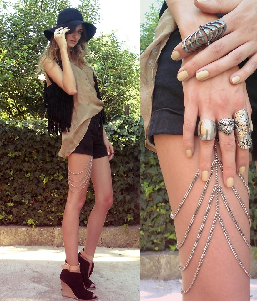 leg chain street style