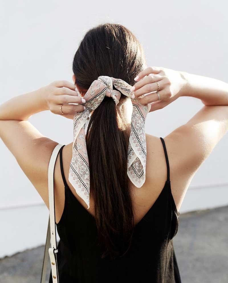 lenco no cabelo rabo de cavalo penteados verão