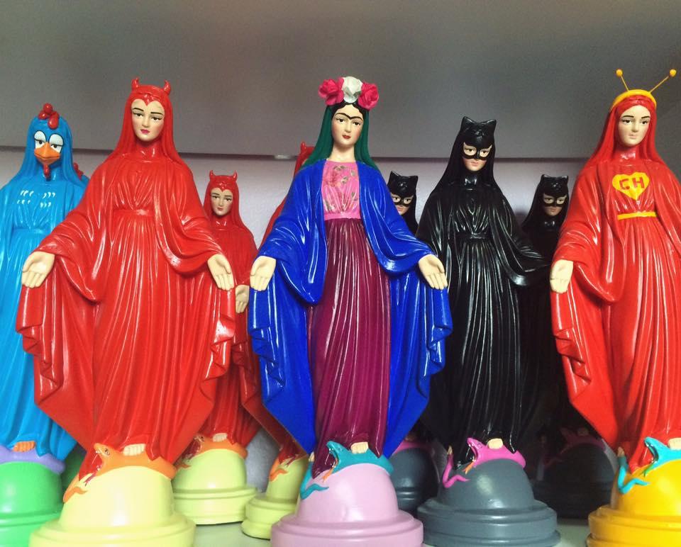 santa blasfêmia santos decorativos como personagens 2