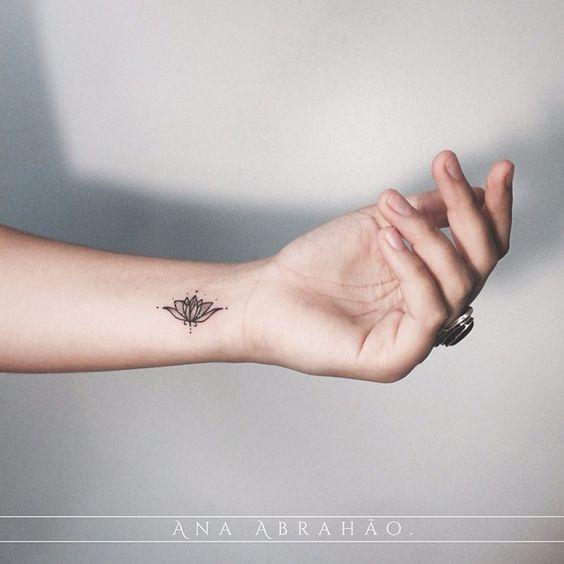 tatuagem delicada pulso 3