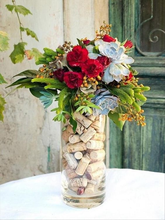 rolha de vinho na decoração  flores