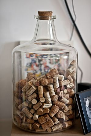 rolha de vinho na decoração guardar rolha em um vaso