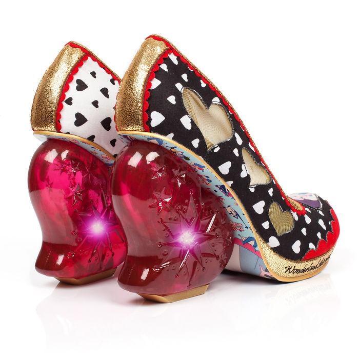 sapatos inspirados no filme Alice no país das maravilhas  10