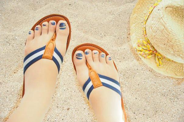 Marca japonesa lança meia-calça para quem tem preguiça de pintar as unhas dos pés 9
