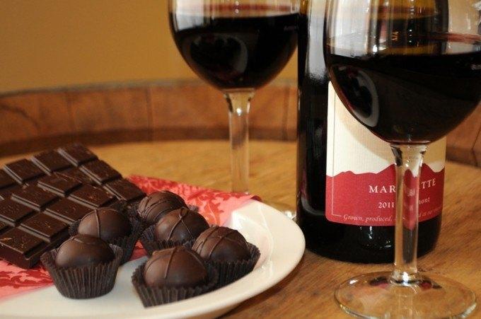 beba vinho e coma chocolate para emagrecer