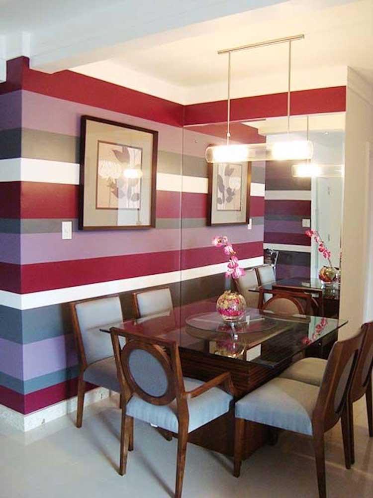 sala-com-parede-listrada-decoração