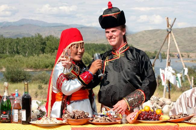 vestido de casamento em Tuva