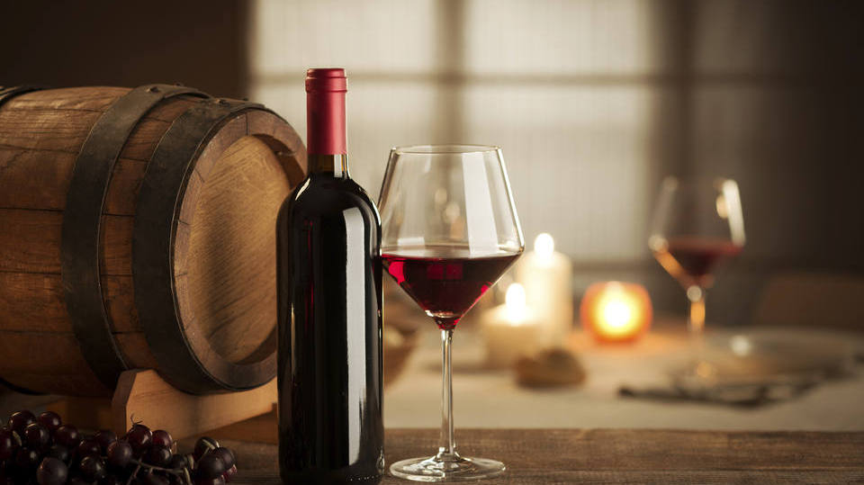 20 motivos pelos quais você deve beber vinho todos os dias