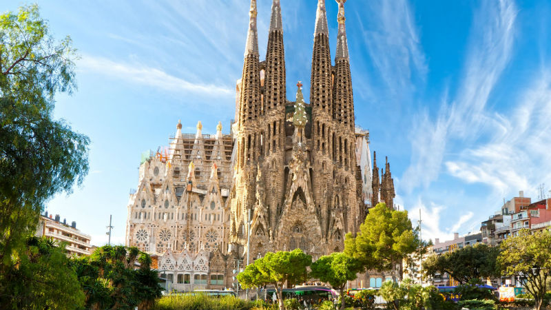 conhea a Sagrada-Familia-Barcelona-Spain