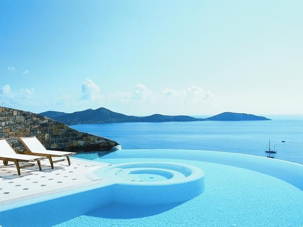 17-elounda-gulf-villas-and-suitesgreciadiv