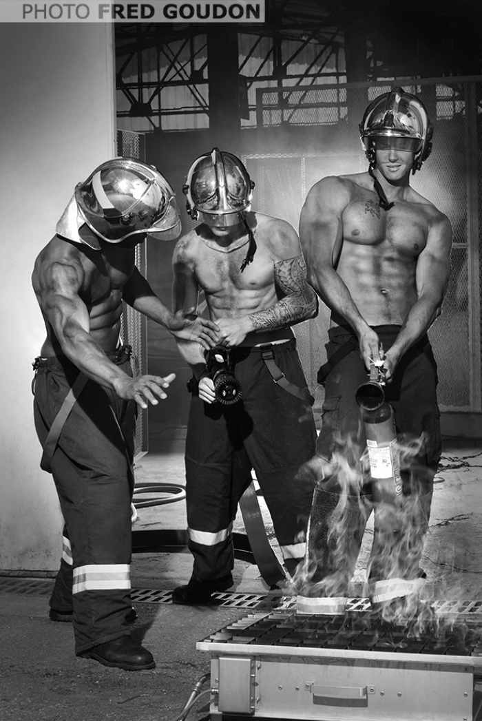 bombeiros-franceses-lancam-o-calendario-mais-sexy-do-ano-2