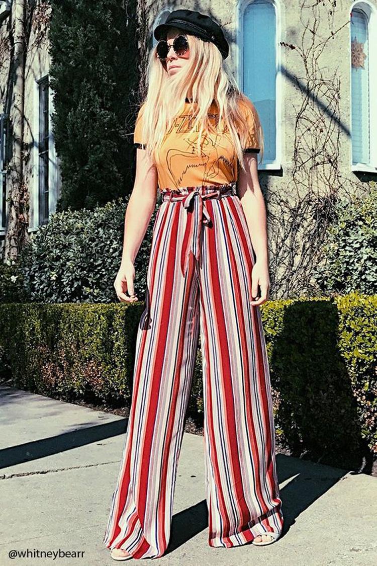 calça-palazzo-listrada-vermelha-e-camiseta