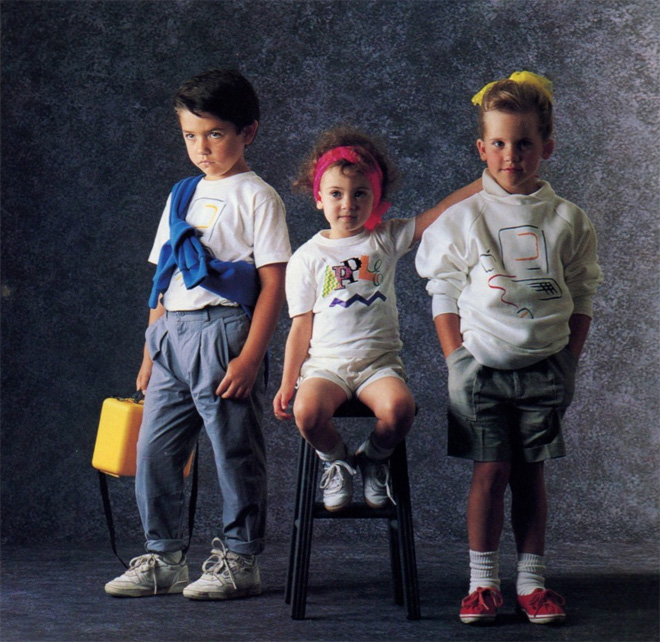coleção de roupas da Apple em 1980 crianças