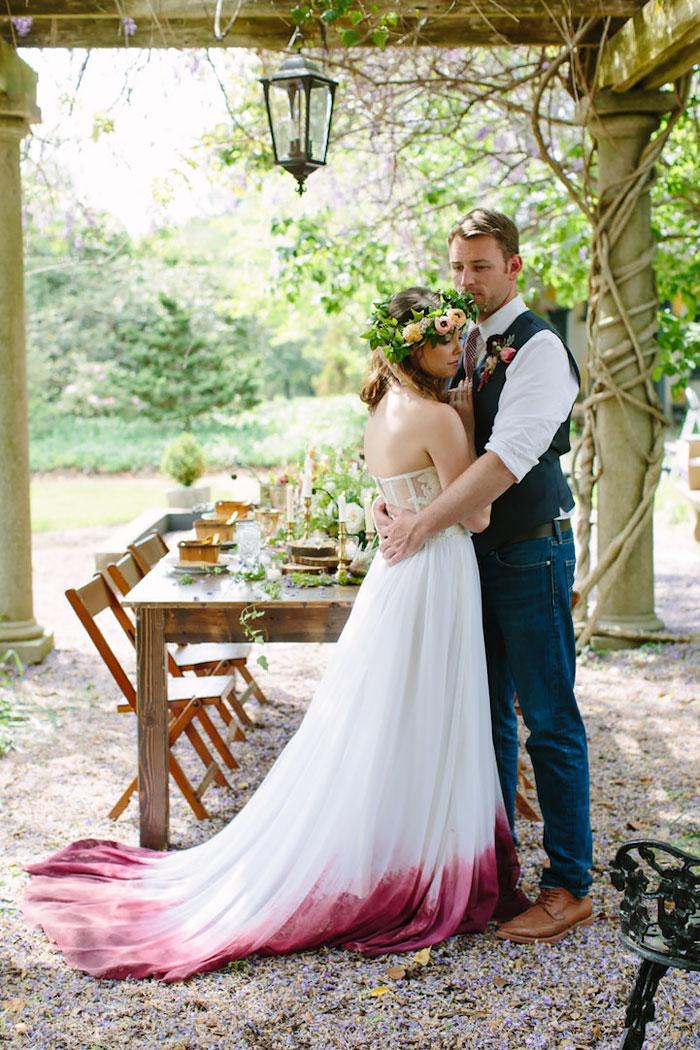 vestido de casamento com saia colorida