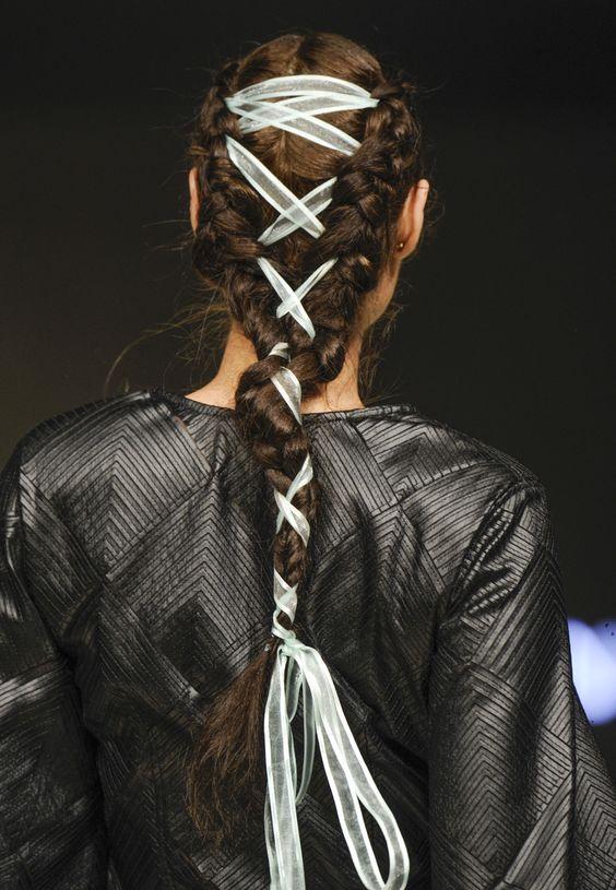 corset-braid-desfiles