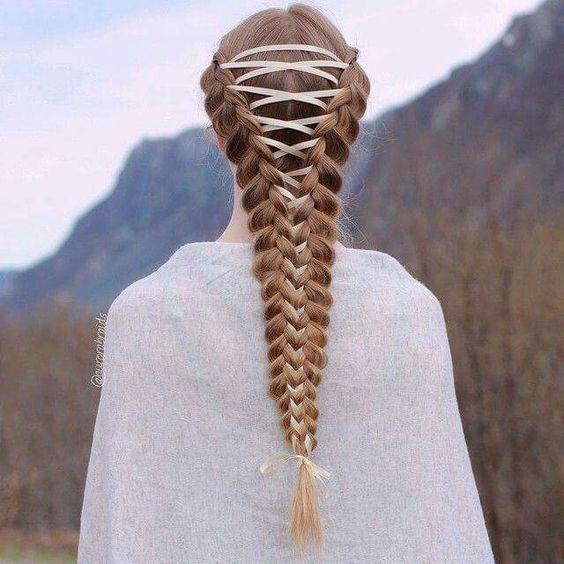 corset-braid