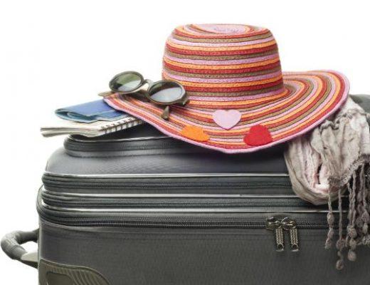 como-arrumar-mala-de-viagem-para-praia