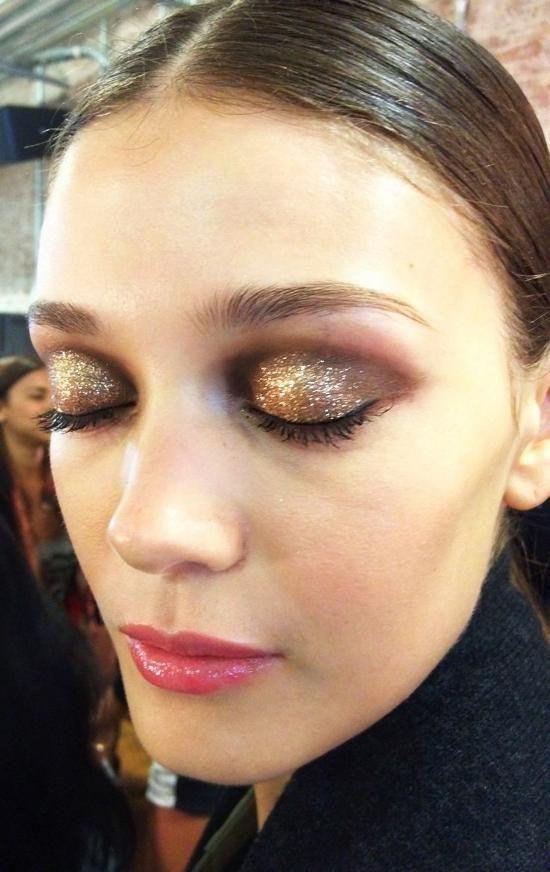 ano-novo-maquiagem-com-glitter