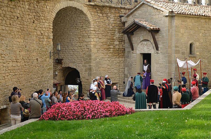 Casamento-medieval-na-Torre-Guaita-de-San-Marino