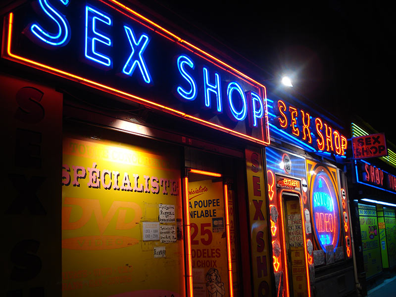 quem-vai-mais-no-sex-shop-homens-ou-mulheres