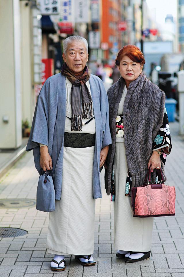 casais de idosos fashionistas 6