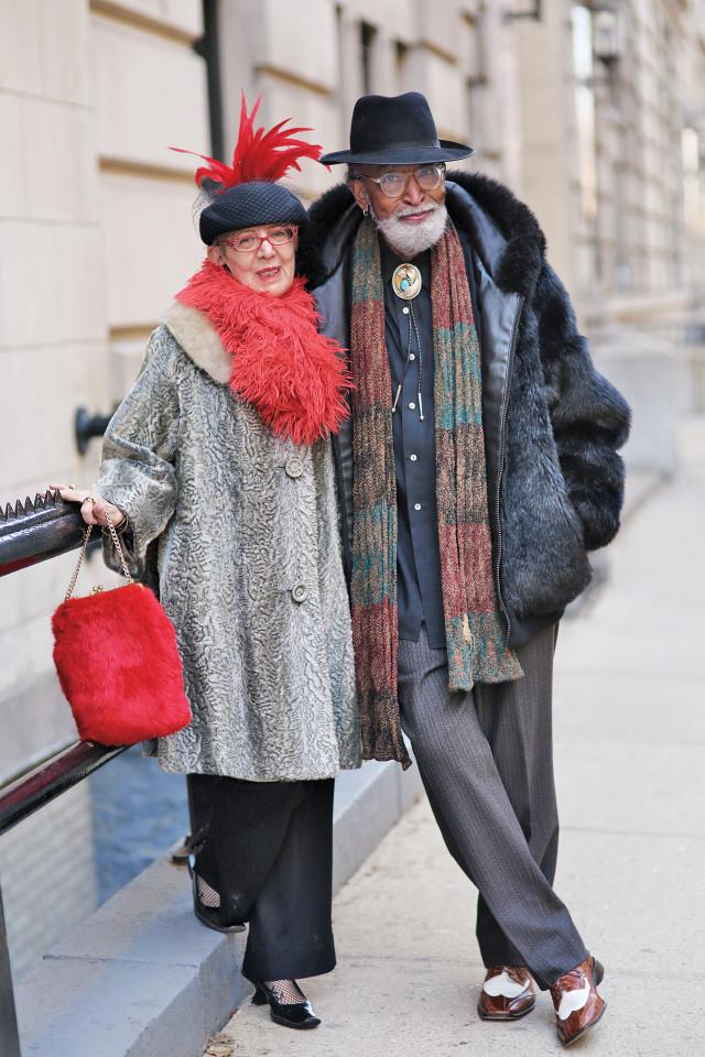 casais de idosos fashionistas 7