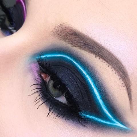 Maquiagem que imita luz neon 4