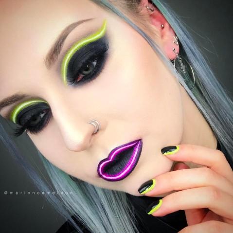 Maquiagem que imita luz neon 5
