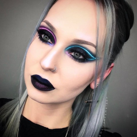 Maquiagem que imita luz neon 6