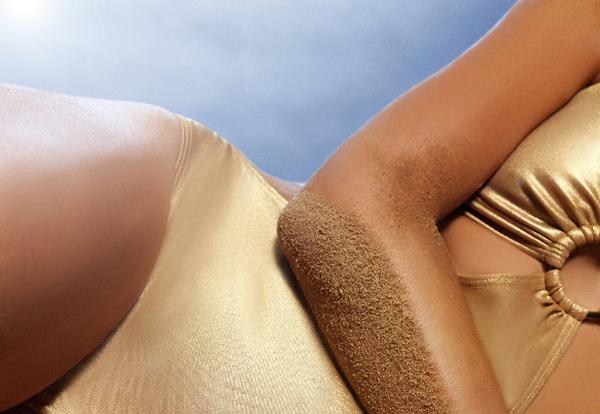 como manter a pele bronzeada durante o ano todo