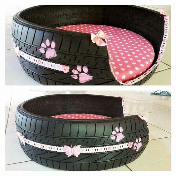cama para animal de estimação feita de pneu