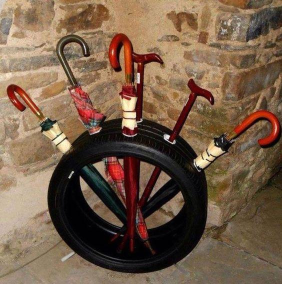 pneu como porta guarda chuvas
