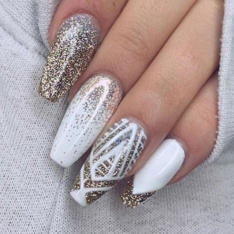 tendência nail art inverno unha bailarina com branco e glitter