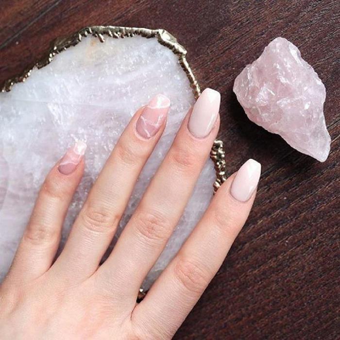 unhas quartzo rosa inspiração de nail art