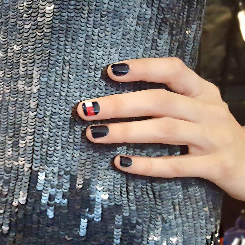 nail art com logomarca