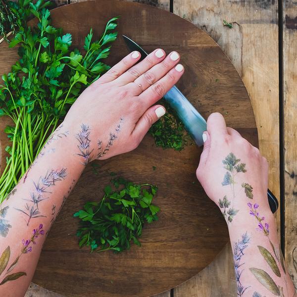 tatuagem temporária perfumada